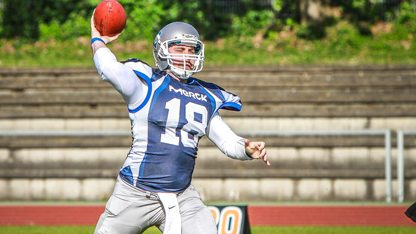 Marc Ehrhardt auf Position des Quarterbacks bei den Diamonds